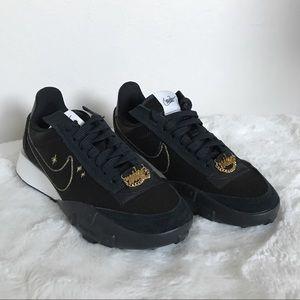 Nike Black Waffle Racer 2X Sneakers 6.5